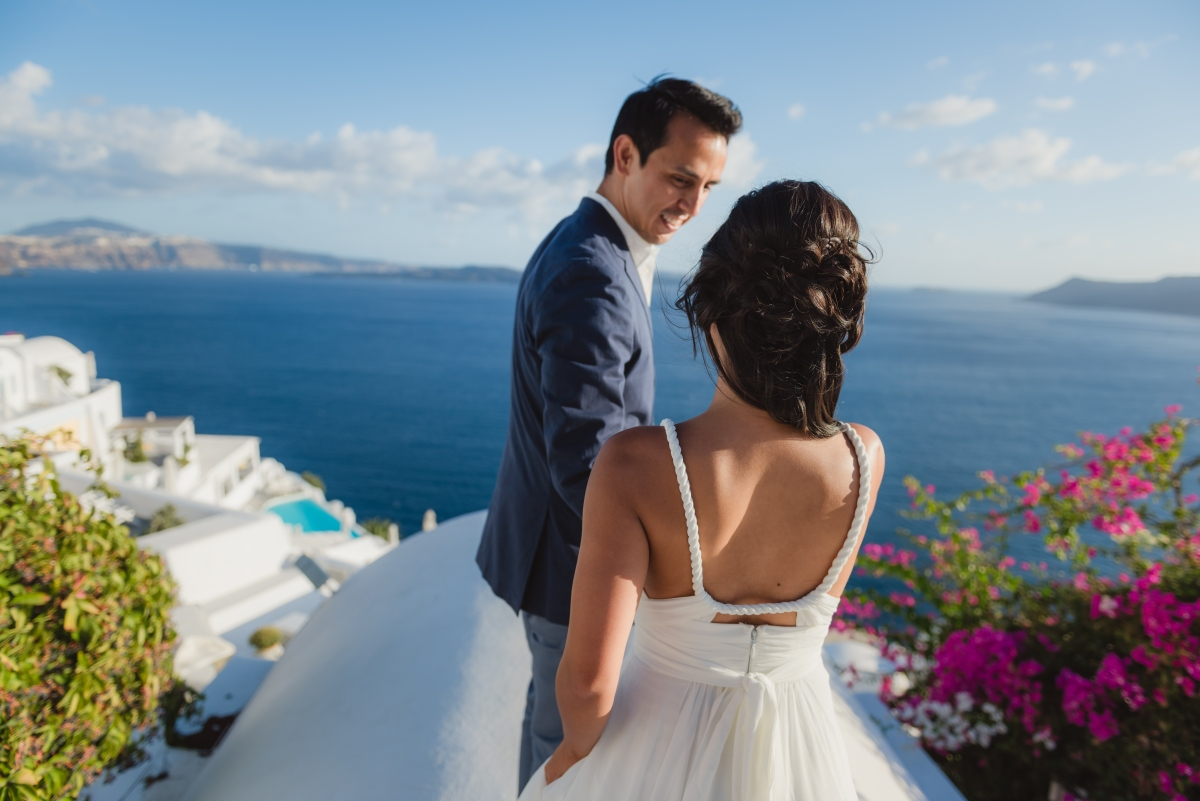santorini-honeymoon-photo-session-Anna-Sulte