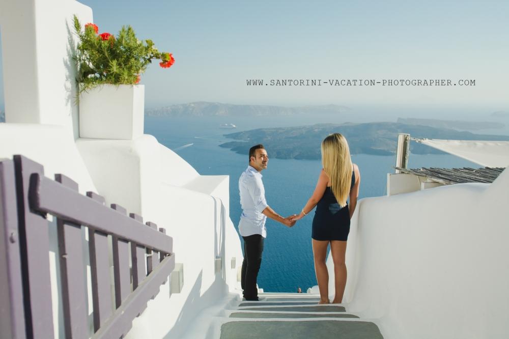 Santorini-photo-session-Imerovigli-destination-honeymoon-001