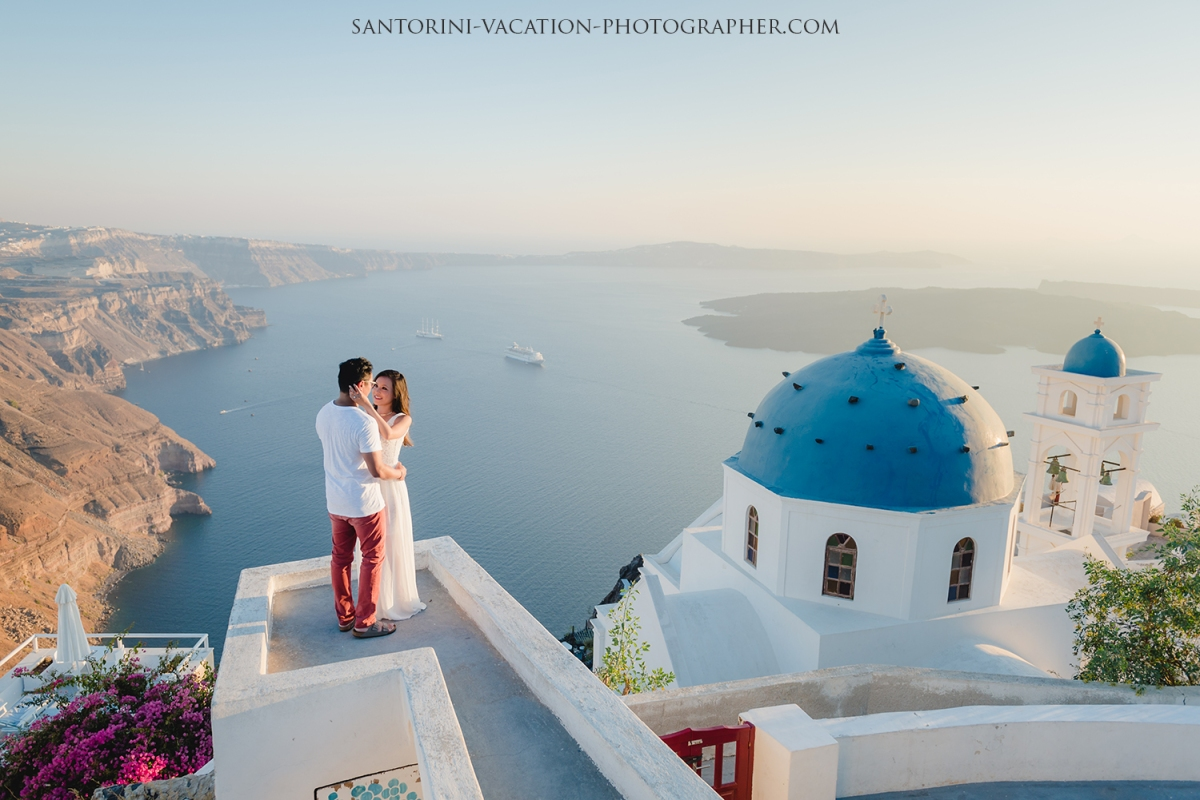 Santorini-photo-shoot-by-anna-sulte-greece