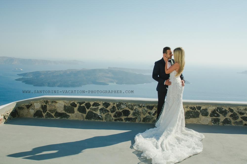 Santorini-photo-shoot-Imerovigli-Greece-post-wedding-002