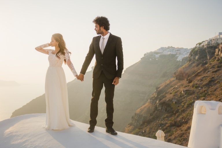 Santorini-photographer-Anna-Sulte-greece-honeymoon-002
