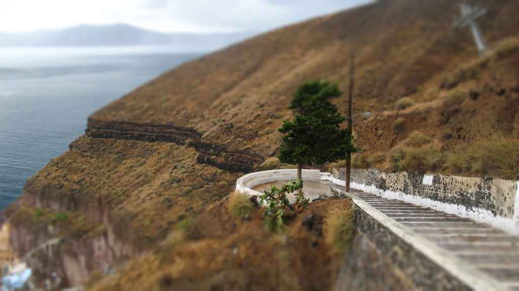 Santorini road to Old Port