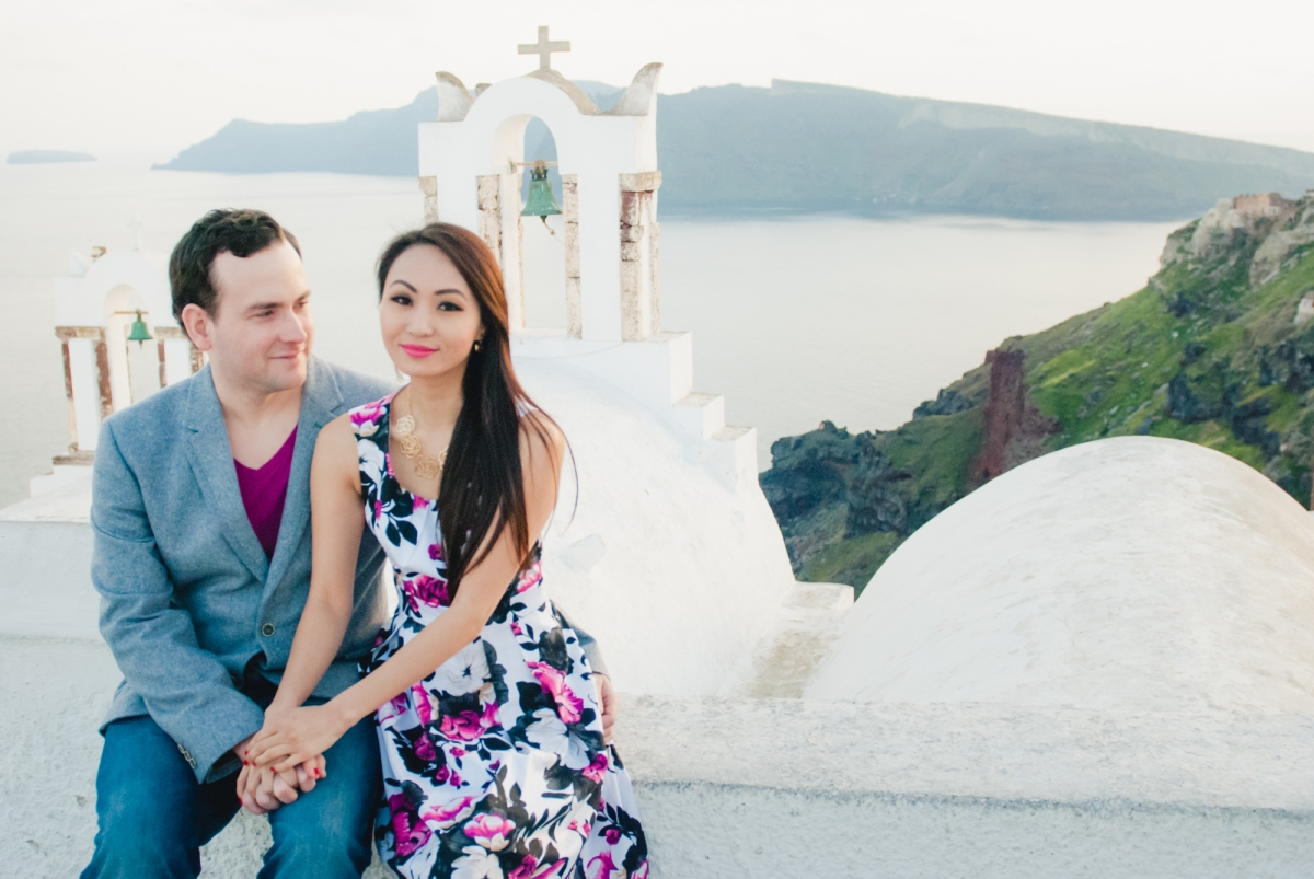 Photo-shoot-destination-Santorini-Thera-portrait-shoot-4