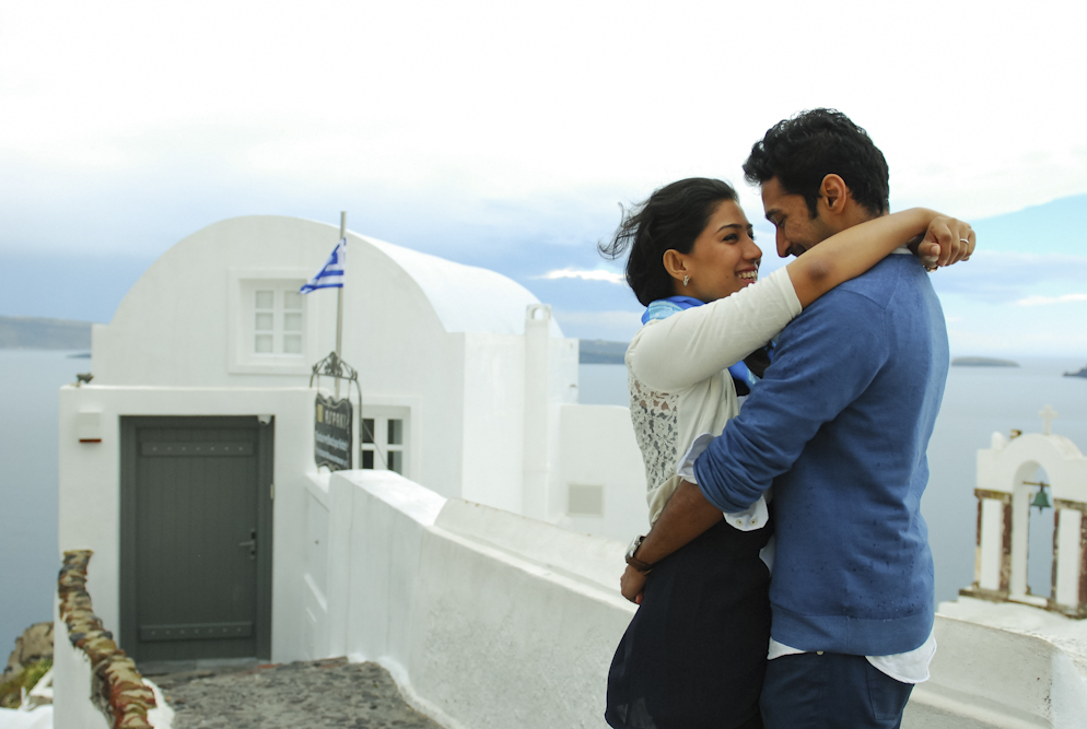 Stormy Oia village in Santorini honeymoon photo session thera