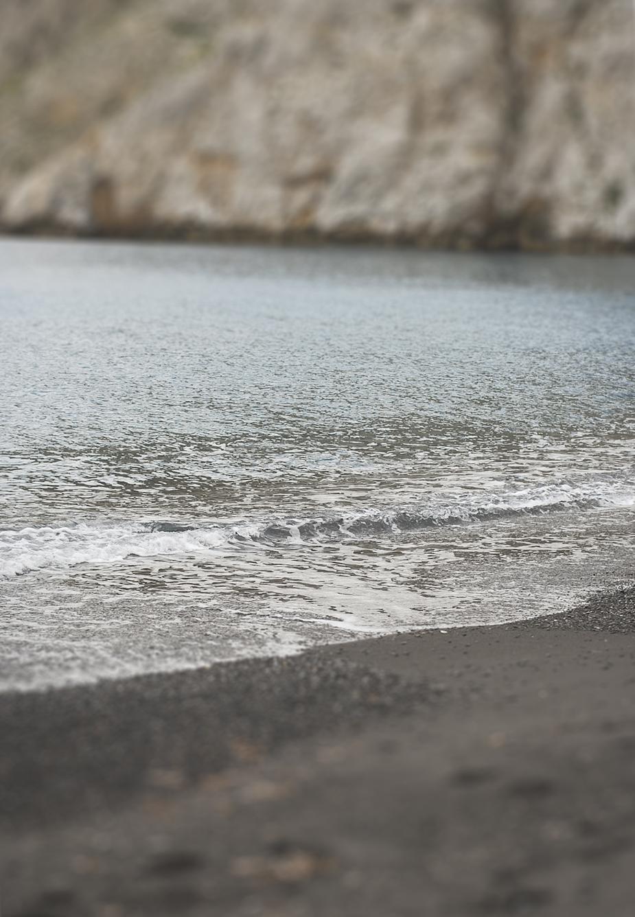 Sand in Kamari
