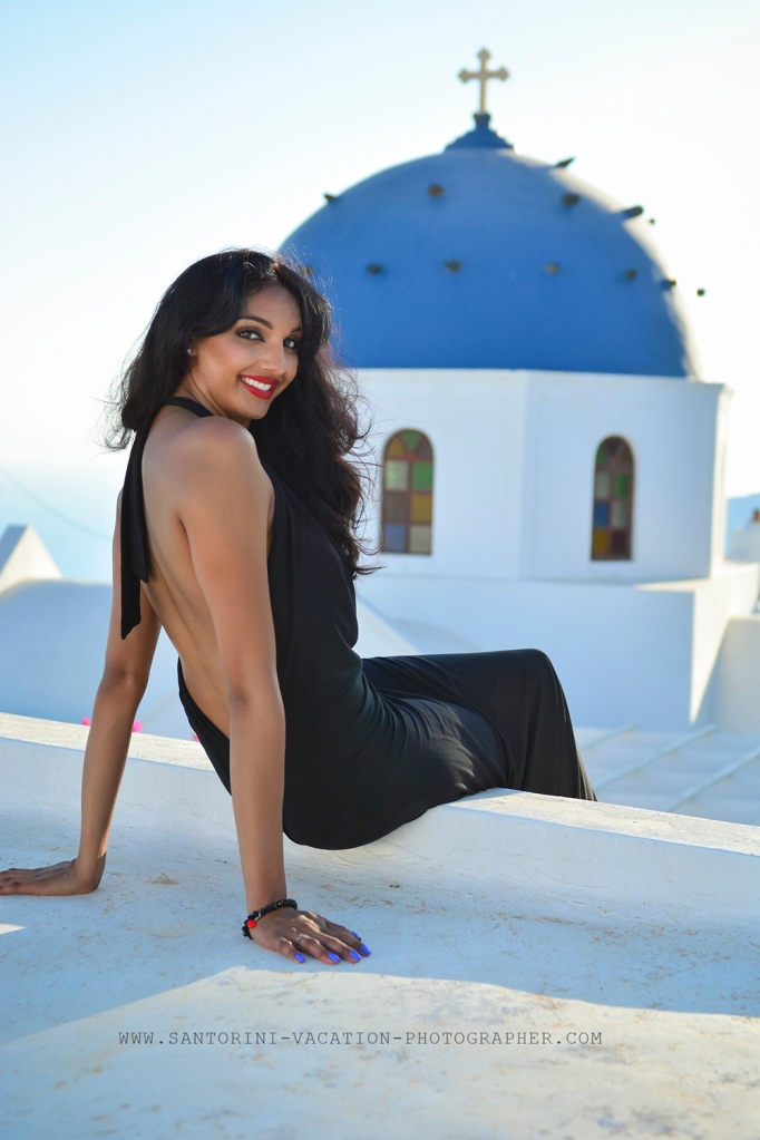 Santorini photo session. Blue doom.