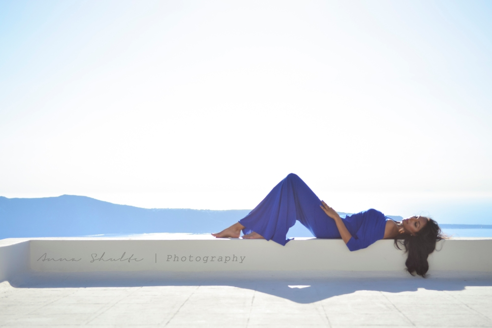 Santorini personal photo session.