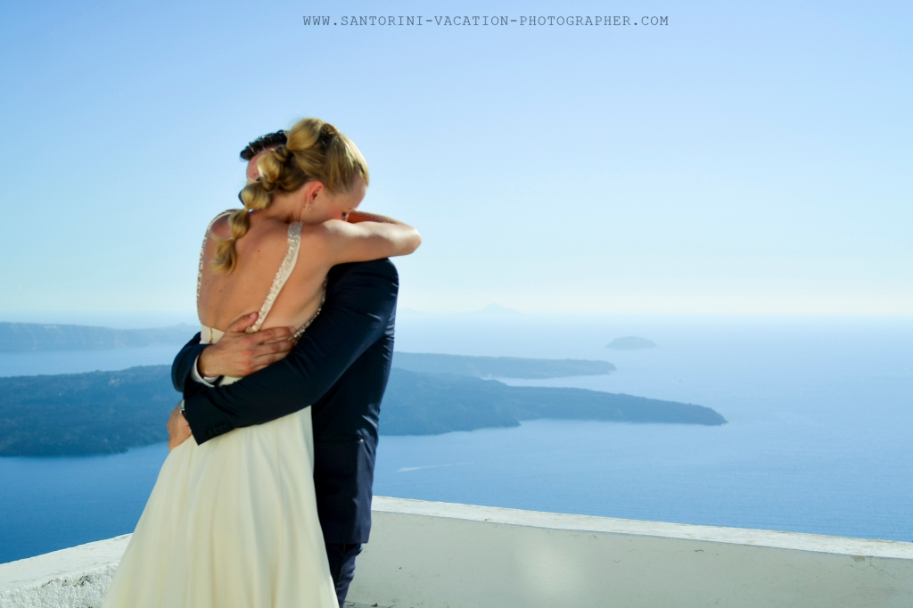 Amazing first look in Santorini