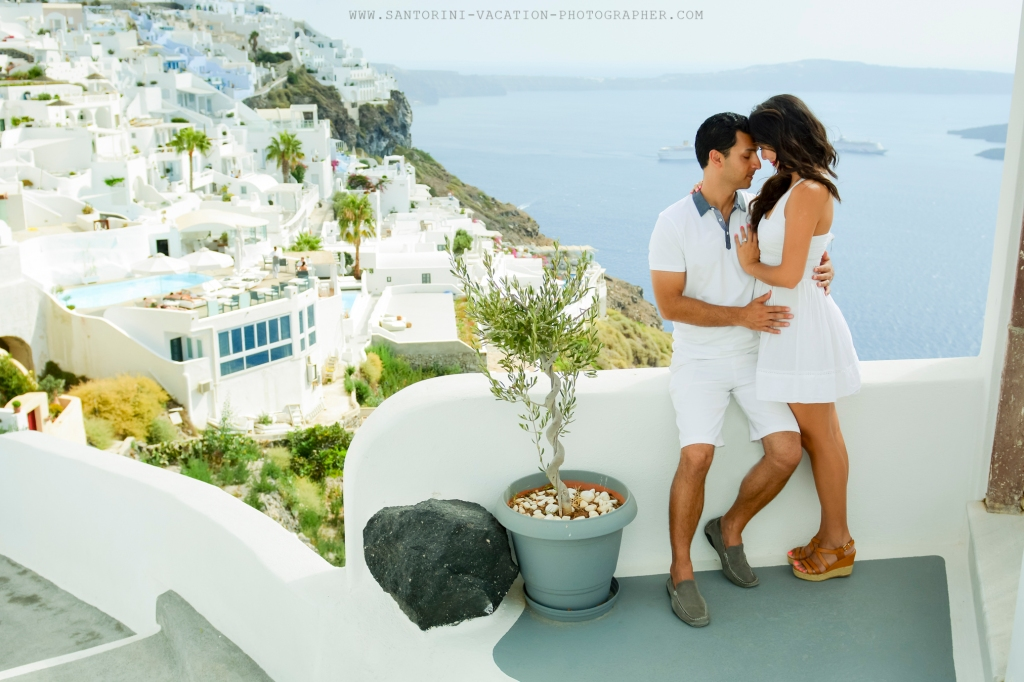 Engagement Shoot In The Gorgeous Greek Islands Santorini