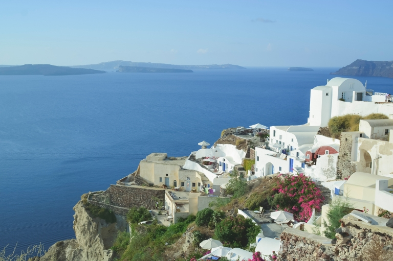 Proposal in Oia village