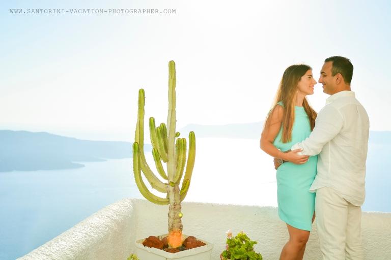 American Greek couple in Santorini