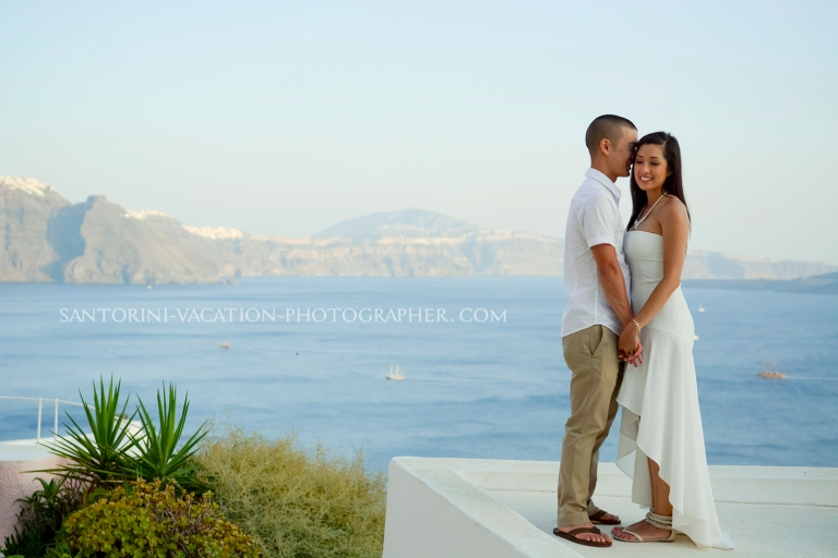 photo-session-Santorini-romantic-getaway-Greece