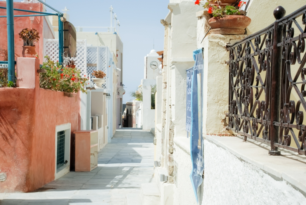 Santorini-photographer-destination-location-oia-village