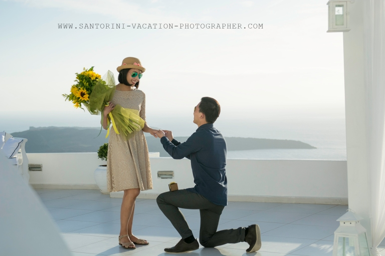 Santorini-proposal-shoot-elegant-engagment