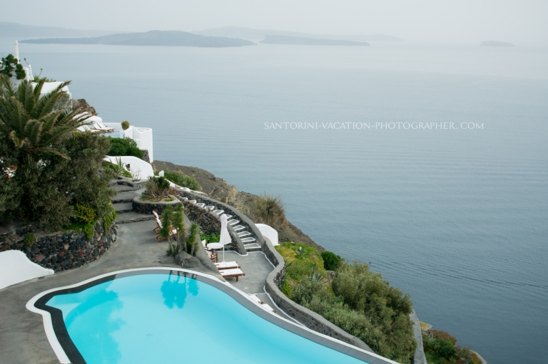 THINGS SANTORINI HOTEL SHOULD HAVE