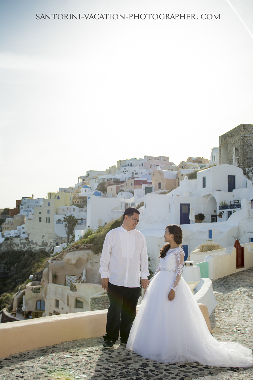 Santorini destination post-wedding photographer