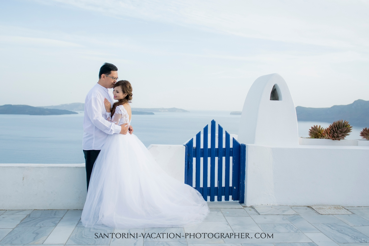 santorini photographer photo shoot.