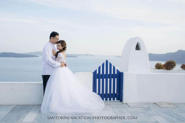 Santorini photographer photo shoot.