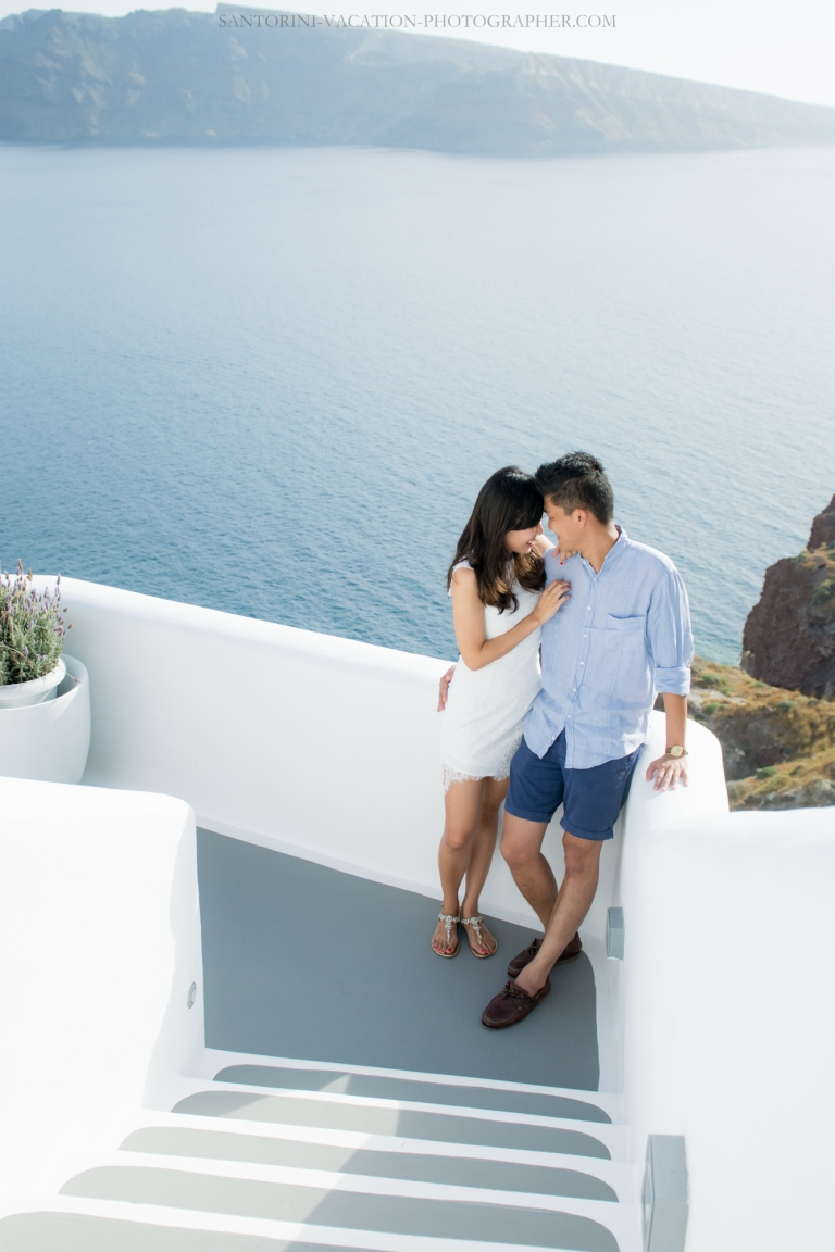 Santorini-wedding-venue-married-with-caldera-view-003