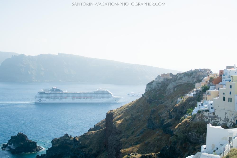 wedding-gift-photo-session-on-santorini-island-photography-002