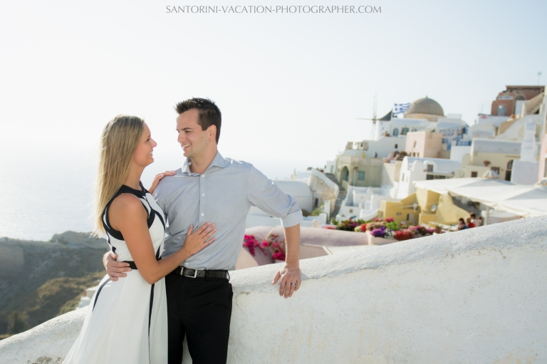 wedding-gift-photo-session-on-santorini-island-photography-003