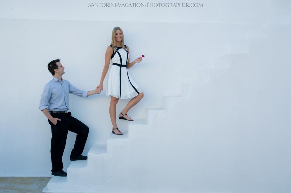 wedding-gift-photo-session-on-santorini-island-photography-004