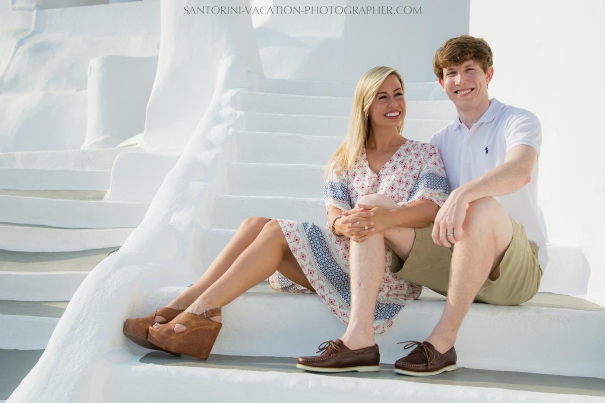 Honeymoon-in-Santorini-photo-shoot-lifestyle-portrait-003