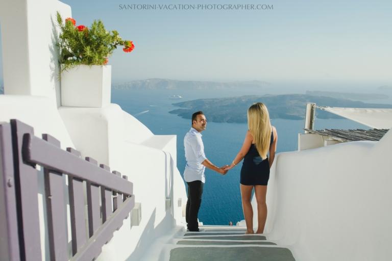 Santorini-honeymoon-destination-photo-shoot-by-Anna-Sulte-001