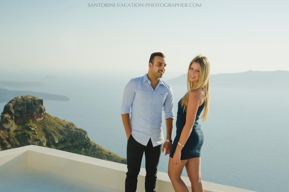 Santorini-honeymoon-destination-photo-shoot-by-Anna-Sulte-005