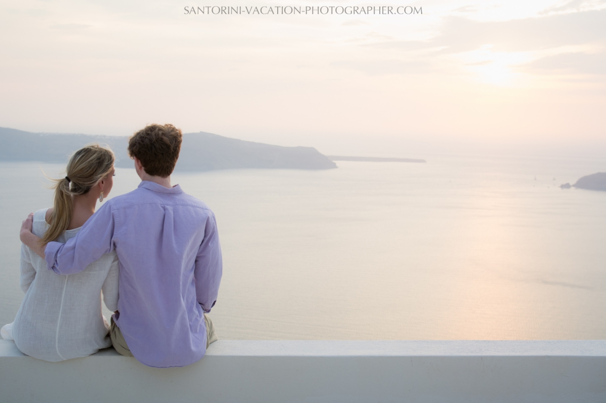 Santorini-Sunset-photo-shoot-Post-Wedding-Portrait-Shoot-003