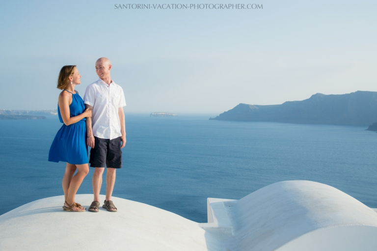 destination-coupes-photo-shoot-Santorini-honeymoon-love-story-003