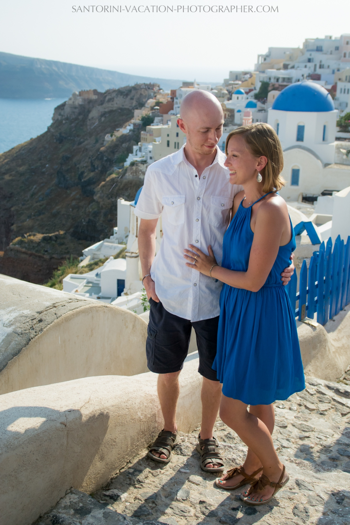 destination-photo-session-Santorini-portrait-shoot-honeymoon-oia-001