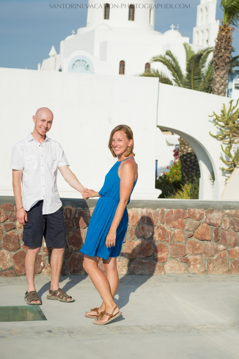 destination-photo-session-Santorini-portrait-shoot-honeymoon-oia-003