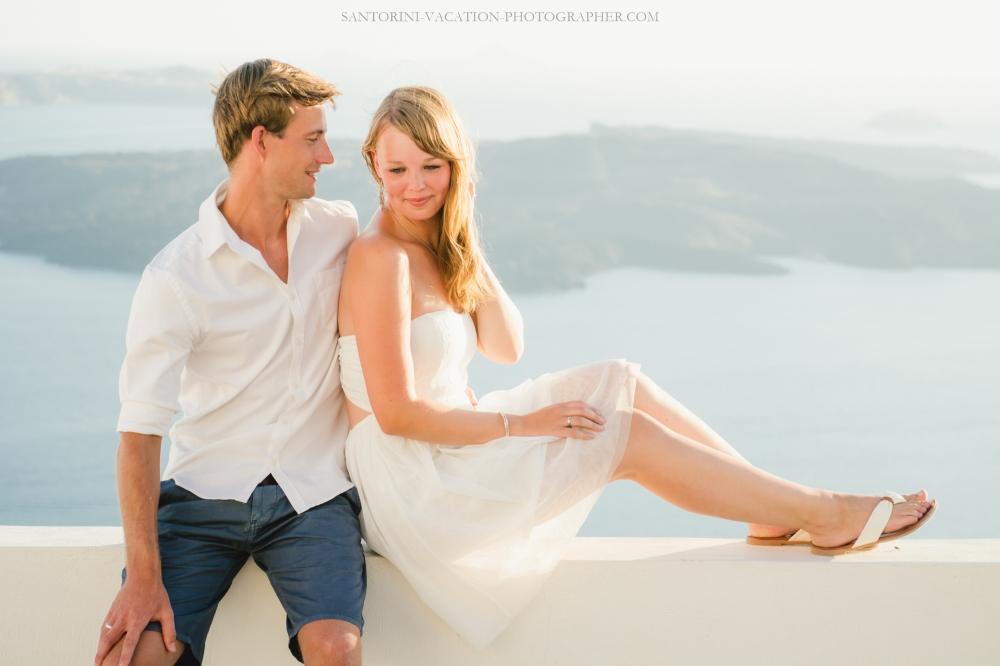 santorini-island-photo-session-romantic-location-sunset-story-004-2