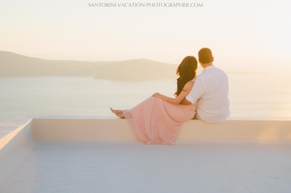 Sunset-photo-shoot-Santorini-photographer-destination-002-
