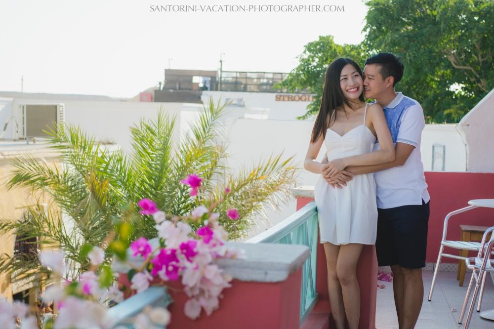 love-story-santorini-dreamy-photos-couple-engagement-002