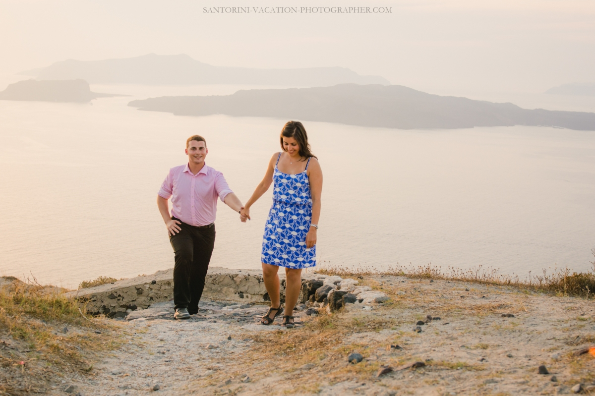 santorini-proposal-at-santorini-heart-megalochori-engagement-003