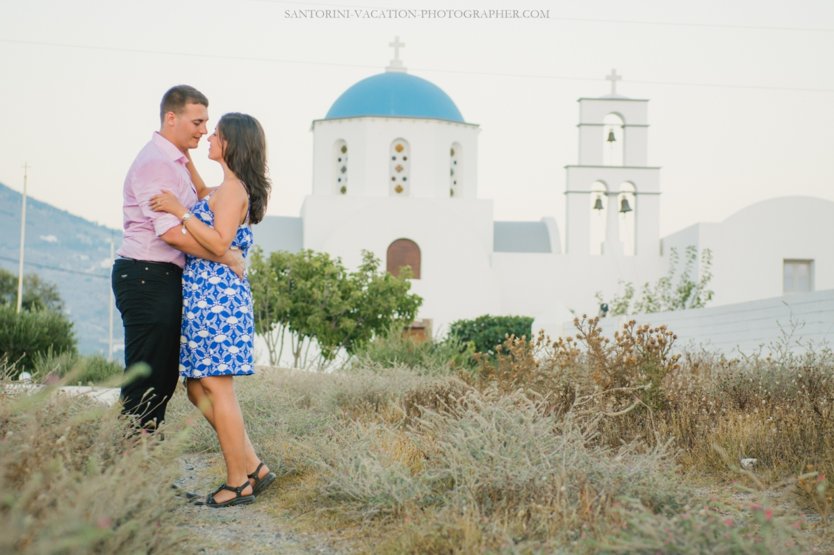 santorini-proposal-at-santorini-heart-megalochori-engagement-006