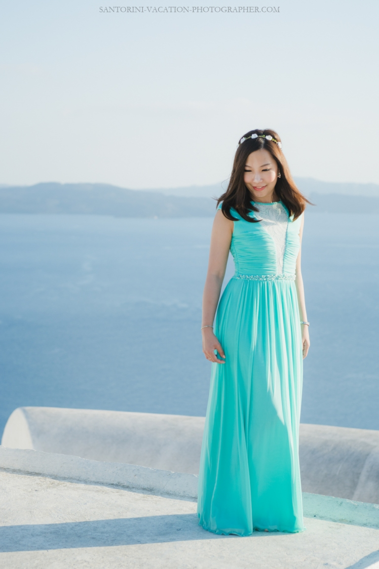 book a photoshoot in santorini location oia fira 006