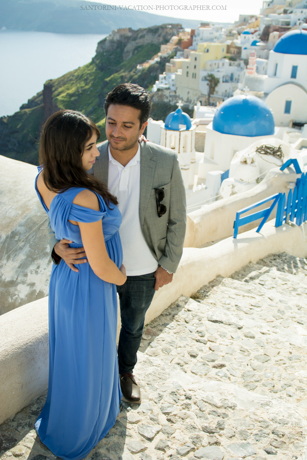 Santorini-photo-shoot-romantic-love-story-002