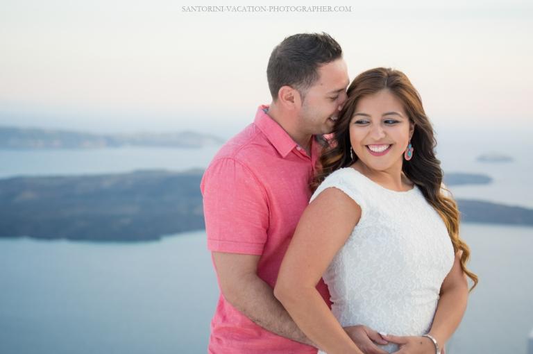Santorini-photo-shoot-romantic-love-story-008