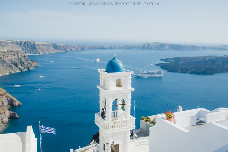 Santorini-photographer-Imerovigli-church-photo-session-location-3