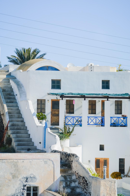 MESSARIA-Santorini-VILLAGE-santorini-local-tradicional_-4