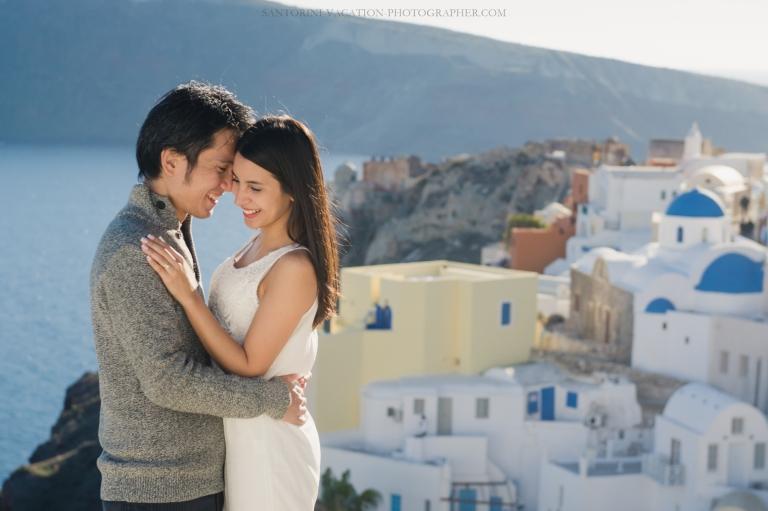 honeymoon-photo-shoot-Santorini-destination-portrait-post-wedding-001