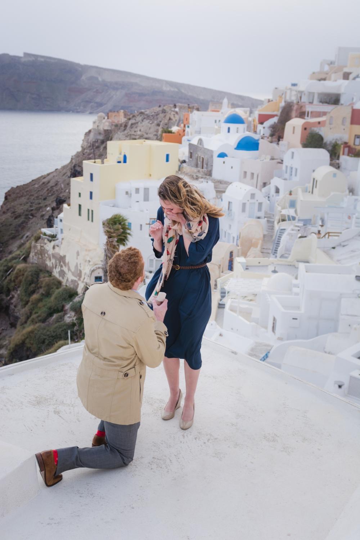 Santorini-proposal-photo-shoot-destination-fine-art-photo-shoot-003