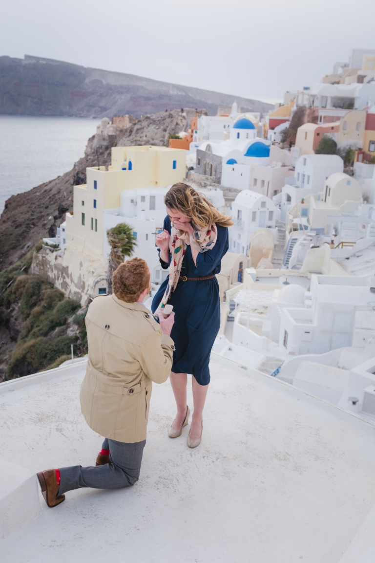 Santorini-proposal-photo-shoot-destination-fine-art-photo-shoot-003