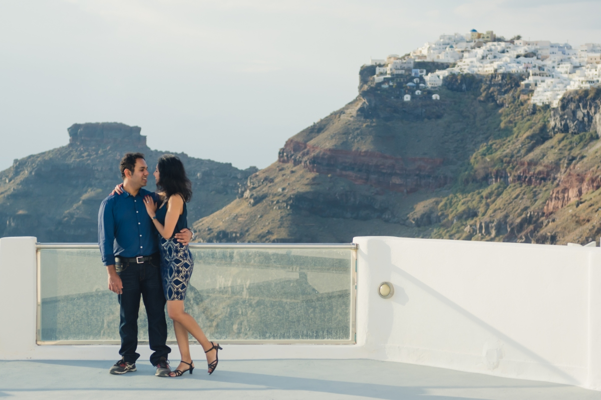 Santorini-caldera-couples-session-destination-proposal-location-003