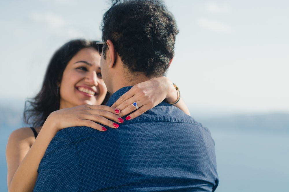 Santorini-engagement-photo-session-love-story-002
