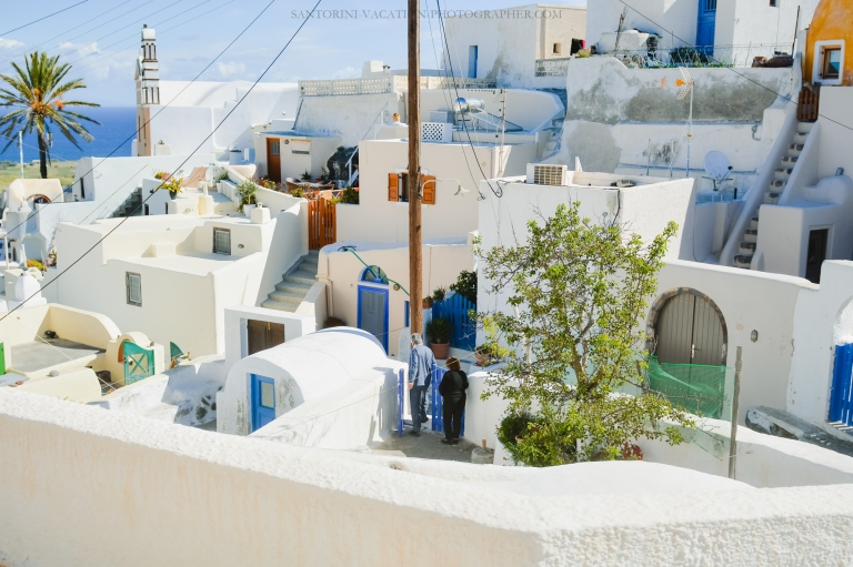 Santorini-next-to-oia-finikia-greece-vacation-hollidays--3