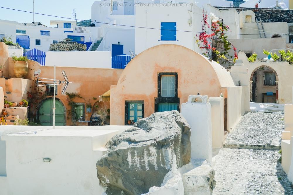 Santorini-next-to-oia-finikia-greece-vacation-hollidays--4